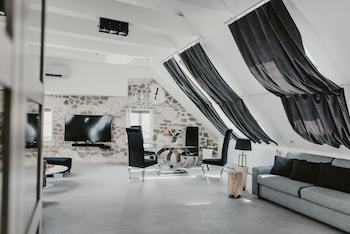 Coco Chanel Boutique Apartment