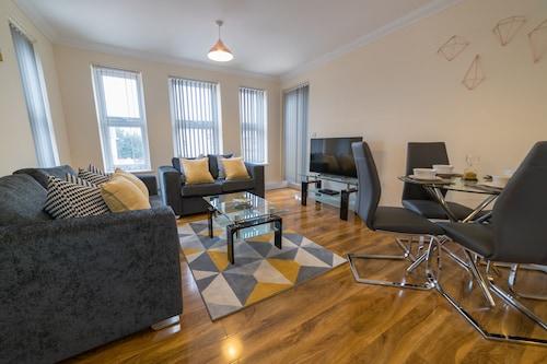 . London Heathrow Serviced Apartments