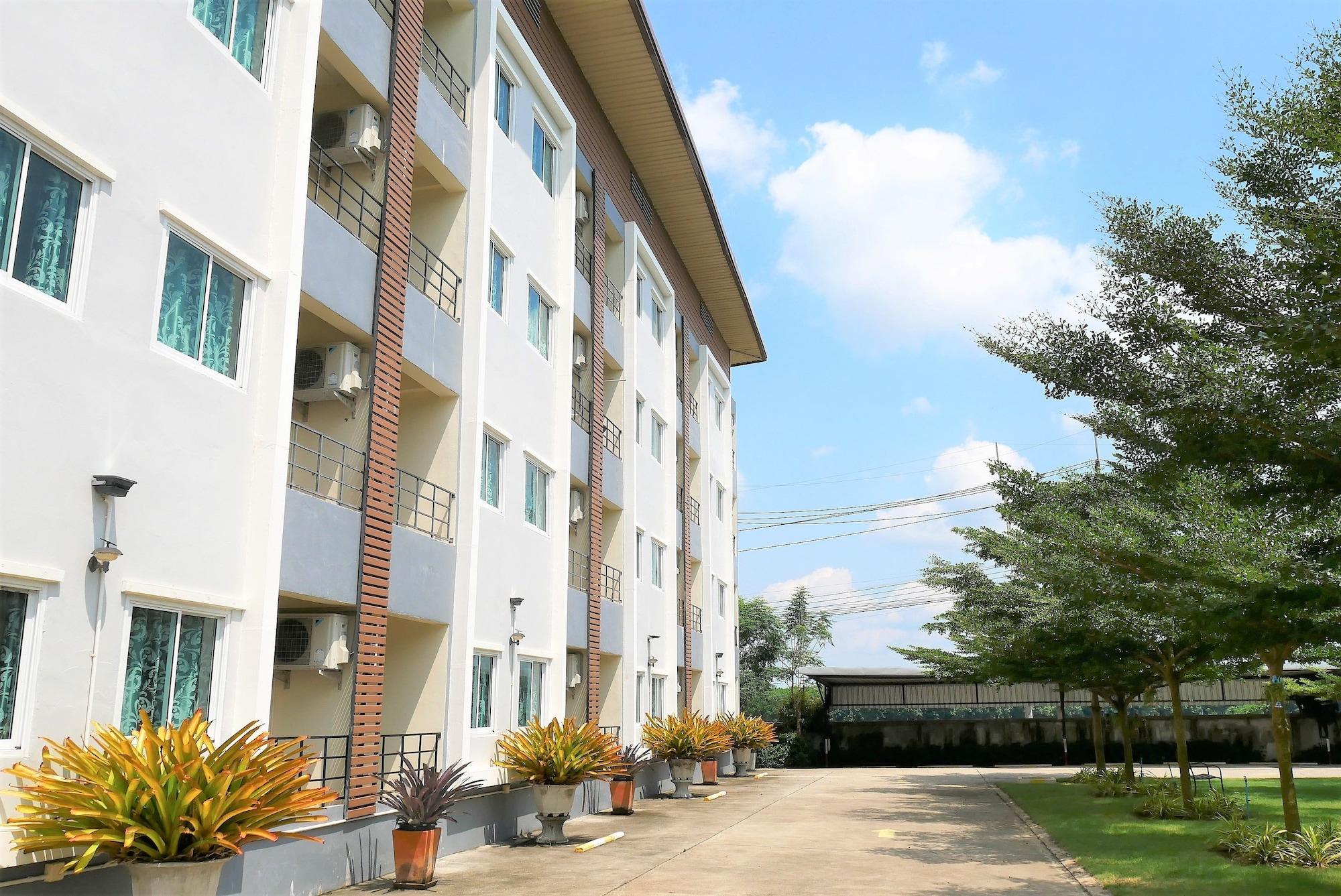 UT Home Apartment, Pluak Daeng