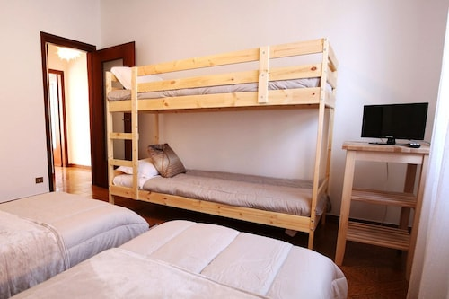 Bed and Breakfast D&D, Varese