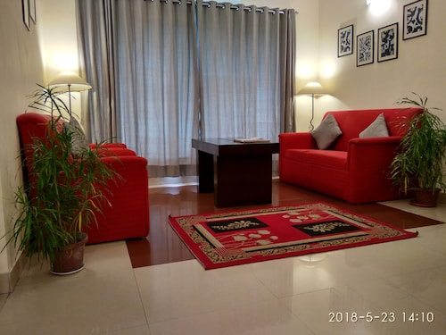 Red Arrow Residency, Kolkata