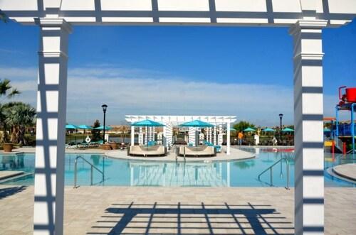 Amazing TownHouse! Windsor at Westside - 8878QL, Osceola