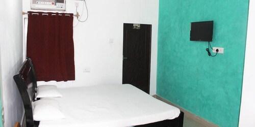 Hotel Tara Inn, Jaunpur