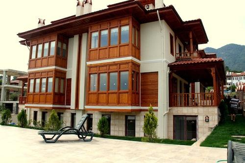 Kerme Ottoman Houses, Ula
