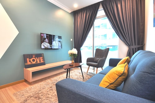 . InnStay Apartment @ The Wave Melaka