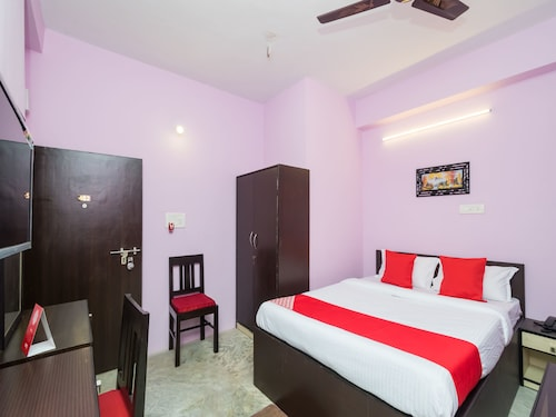 OYO 11379 Jams Guest House, South 24 Parganas