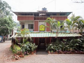 OYO 12260 Traveler's inn