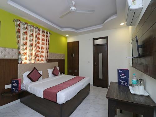 OYO 11426 Hotel Jyoti Residency, Mathura