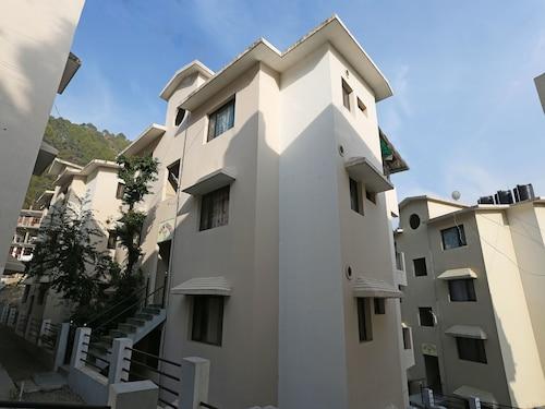 OYO 12265 Home 2BHK Naini Paradise Bhowali Ramgarh, Nainital