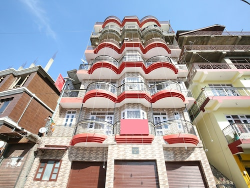 OYO 11864 Home Valley View 1BHK, Shimla