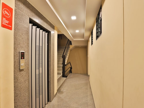 OYO 12247 Hotel Royal Rituals, Surat