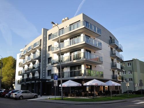 . Hotel Hel