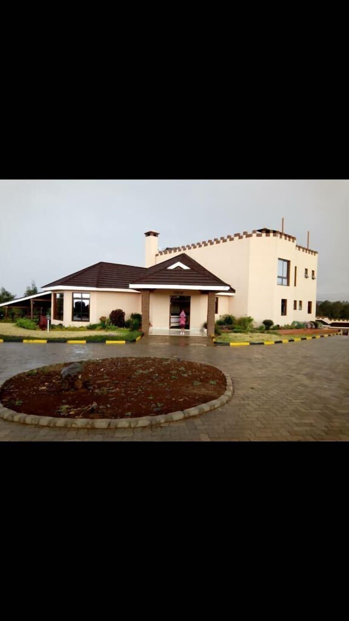 Regency Mount Kenya Hotel, Buuri