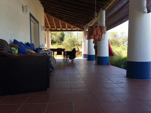 Villa With 3 Bedrooms in Vila Nova da Baronia, With Wonderful Mountain, Alvito