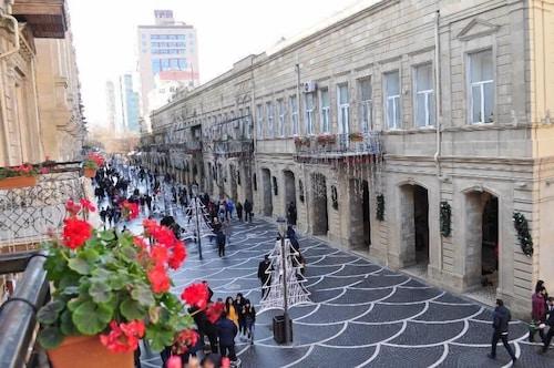 Drop Inn Baku, Bakı