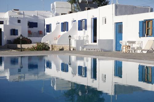 Nikos rooms, South Aegean