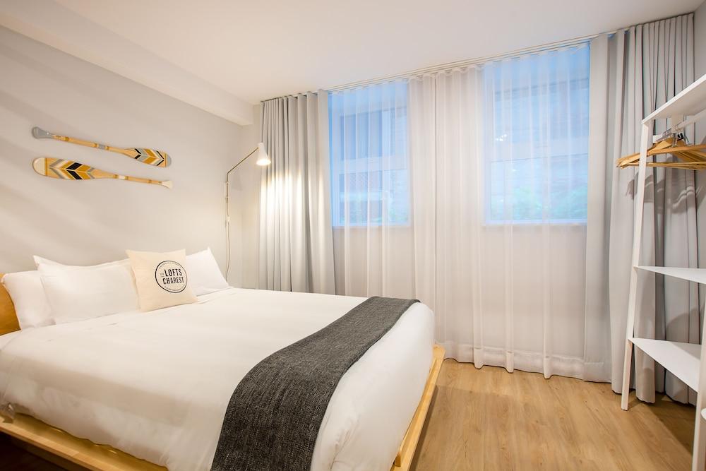 https://i.travelapi.com/hotels/25000000/24110000/24100600/24100514/4c233f42_z.jpg
