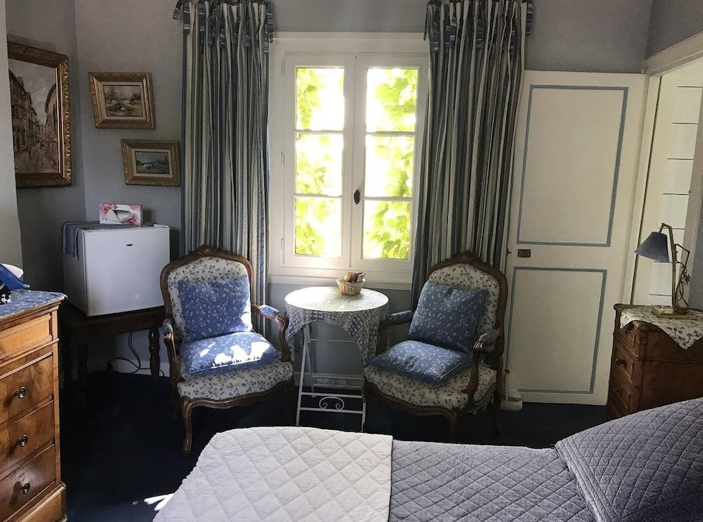 Chambres D Hotes Le Val D Honfleur Equemauville Qantas Hotels