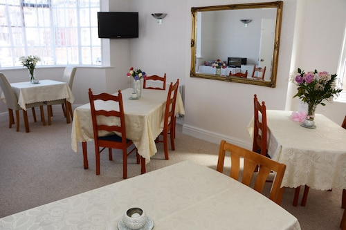 The Cove Guest House, Denbighshire