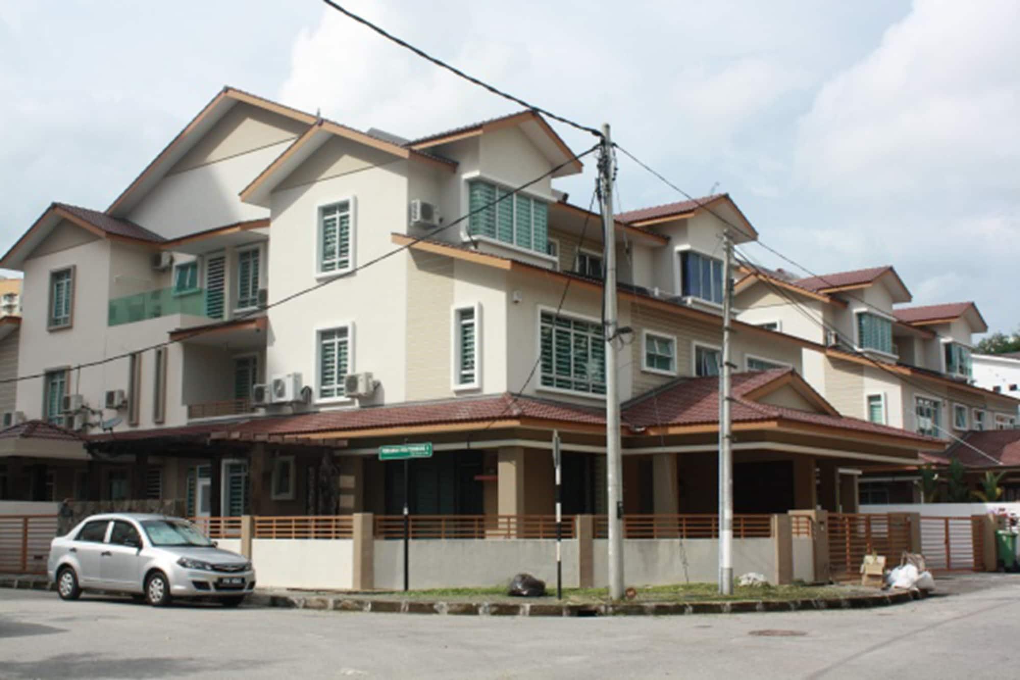 67 First Island, Pulau Penang
