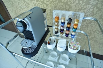 HOTEL FORMOSA DAET Coffee Service