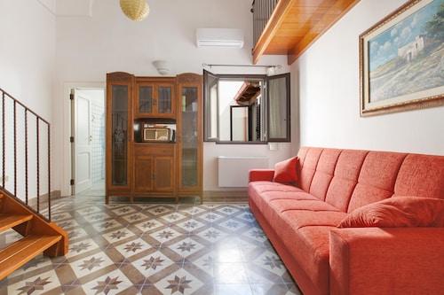 Casa Graziella, Lecce