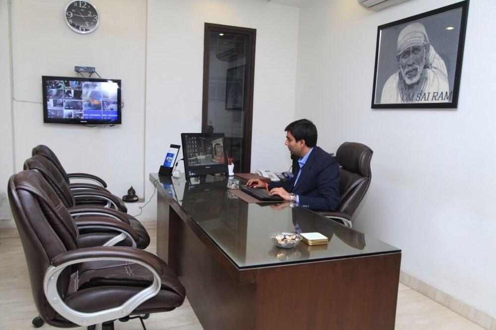Indiyaah Residency