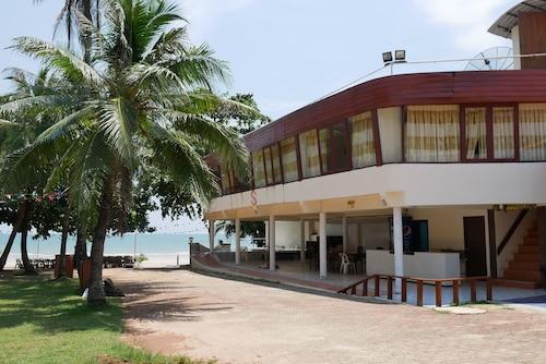 Star Beach Resort, Tha Mai
