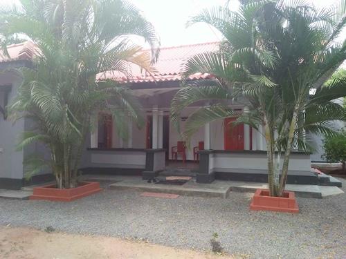 Yoho Suriya Villa, Tangalle