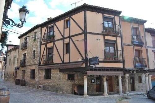 Señorio de Velez, Burgos