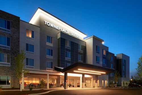 . TownePlace Suites by Marriott Cleveland Solon