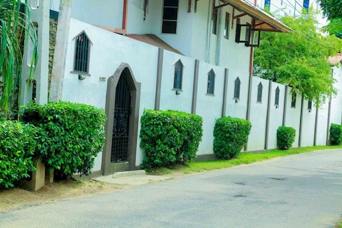 Yoho Gayana Guest House, Tangalle