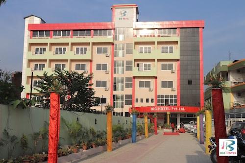 Big Hotel, Koshi