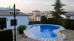 Villa With 3 Bedrooms in Monachil, With Wonderful City View, Private P