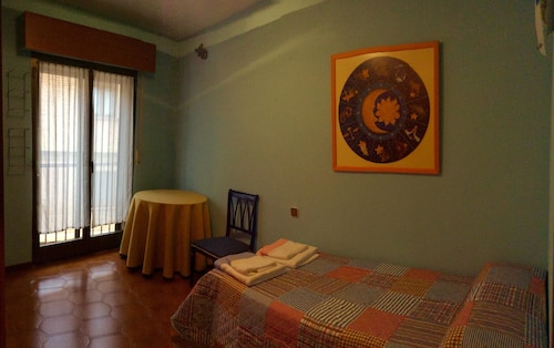 Apartment With 4 Bedrooms in Segovia, With Wifi, Segovia