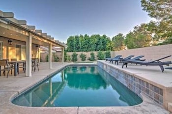 Updated 4BR Home in Palm Desert