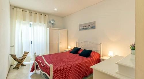 Apartment With 2 Bedrooms in Armação de Pêra, With Wonderful sea View,, Silves