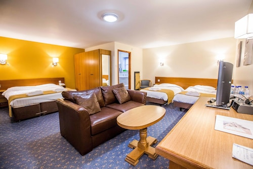 __{offers.Best_flights}__ Tollgate Hotel And Leisure