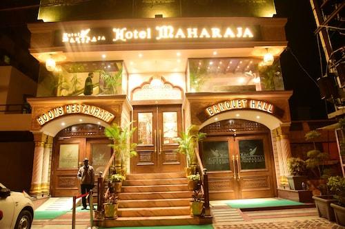 . Hotel Maharaja