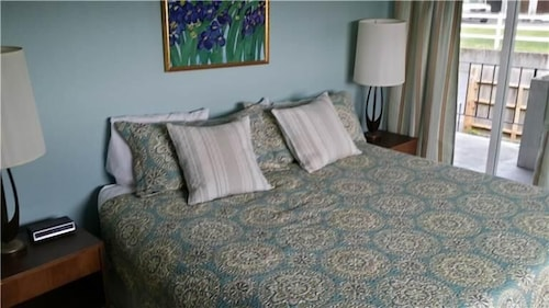 Pacific Palisades P462 Two Bedroom, Clatsop