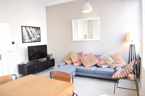 1 Bedroom Apartment in Marylebone, Westminster