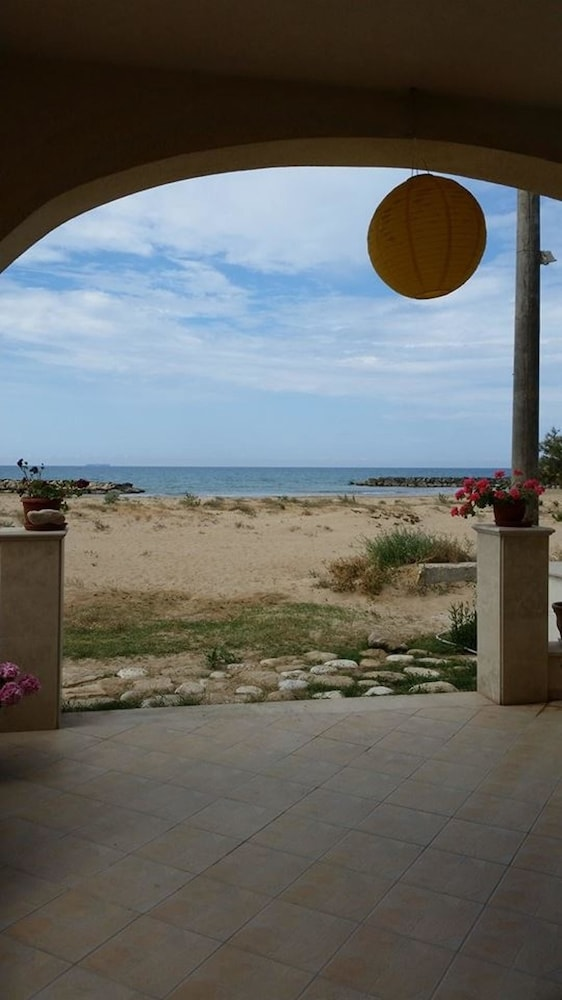 Apartment With one Bedroom in Donnalucata, With Furnished Terrace and Wifi - 100 m From the Beach