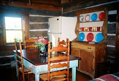 DeHart Cabin, Lexington