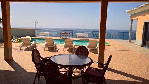 Ocean Blue Villa - ETC Madeira, Calheta