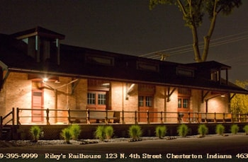 Riley S Railhouse