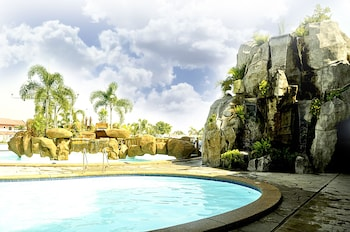 KLIR WATERPARK RESORT Outdoor Pool