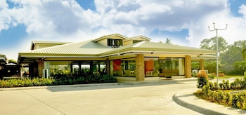 KLIR WATERPARK RESORT Property Entrance