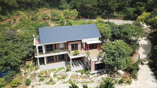 Green Pines Resort, Sóc Sơn