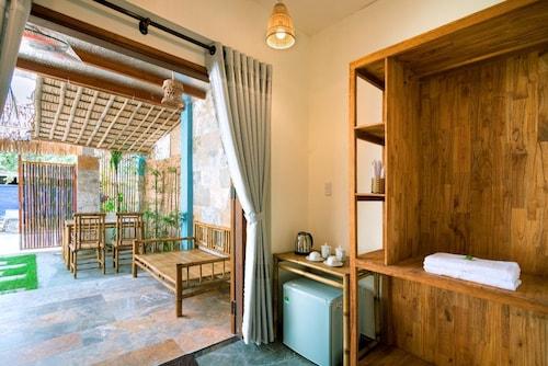 Seamist Ocean Villa, Điện Bàn