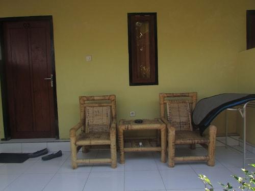Zury Homestay, Lombok Tengah